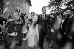 lancio-de-riso-bianco-e-nero-matrimonio.
