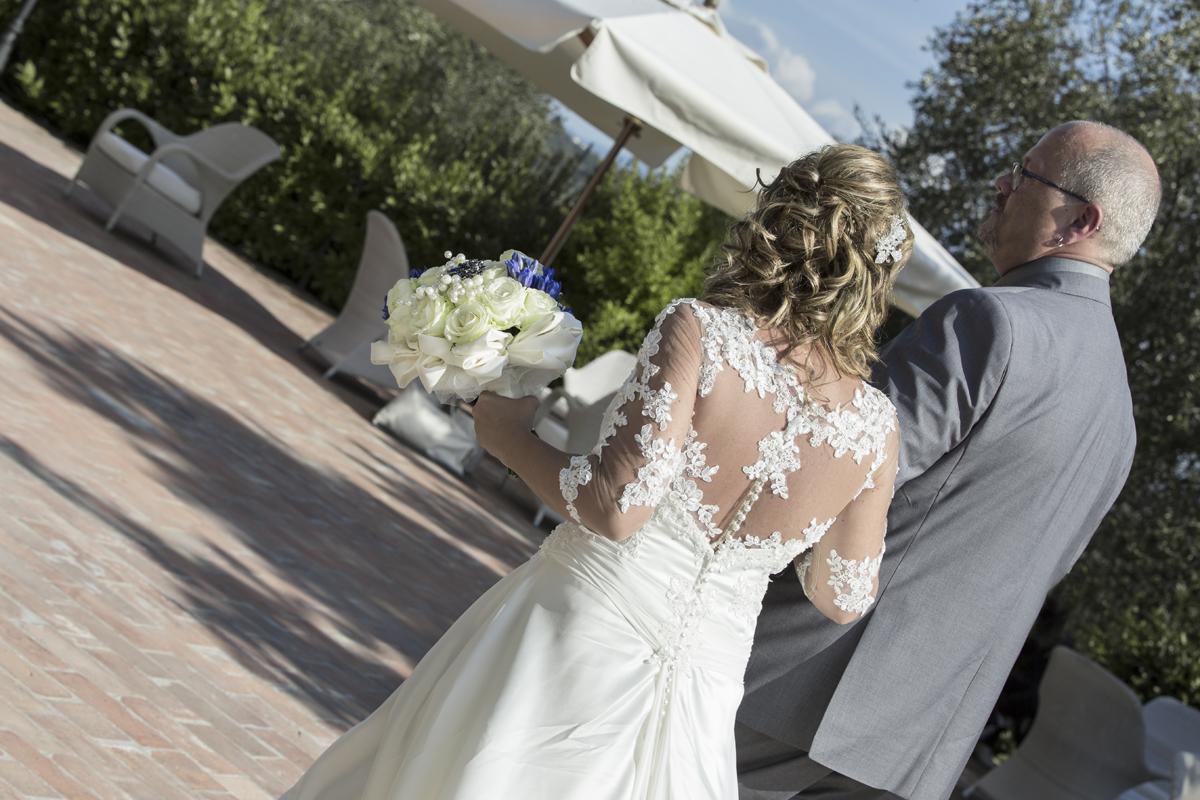 matrimonio-maura-e-giancarlo-castelfiorentino-toscana-vestito-sposa