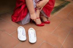 matrimonio-firenze-toscana-sala-rossa-palazzo-vecchio-martina-e-jacopo-cambio-scarpe