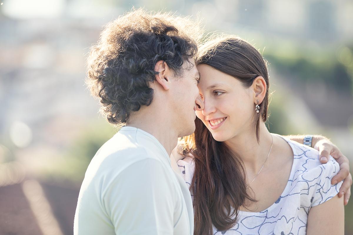 eva-e-paolo-servizio-fotografico-coppia-sesto-fiorentino-romantico-bacio (11)