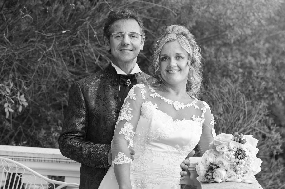 matrimonio-maura-e-giancarlo-castelfiorentino-toscana-sposi-in-posa