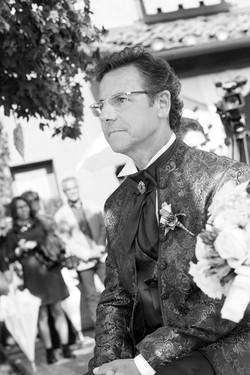 matrimonio-maura-e-giancarlo-castelfiorentino-toscana-sposo-bianco-e-nero
