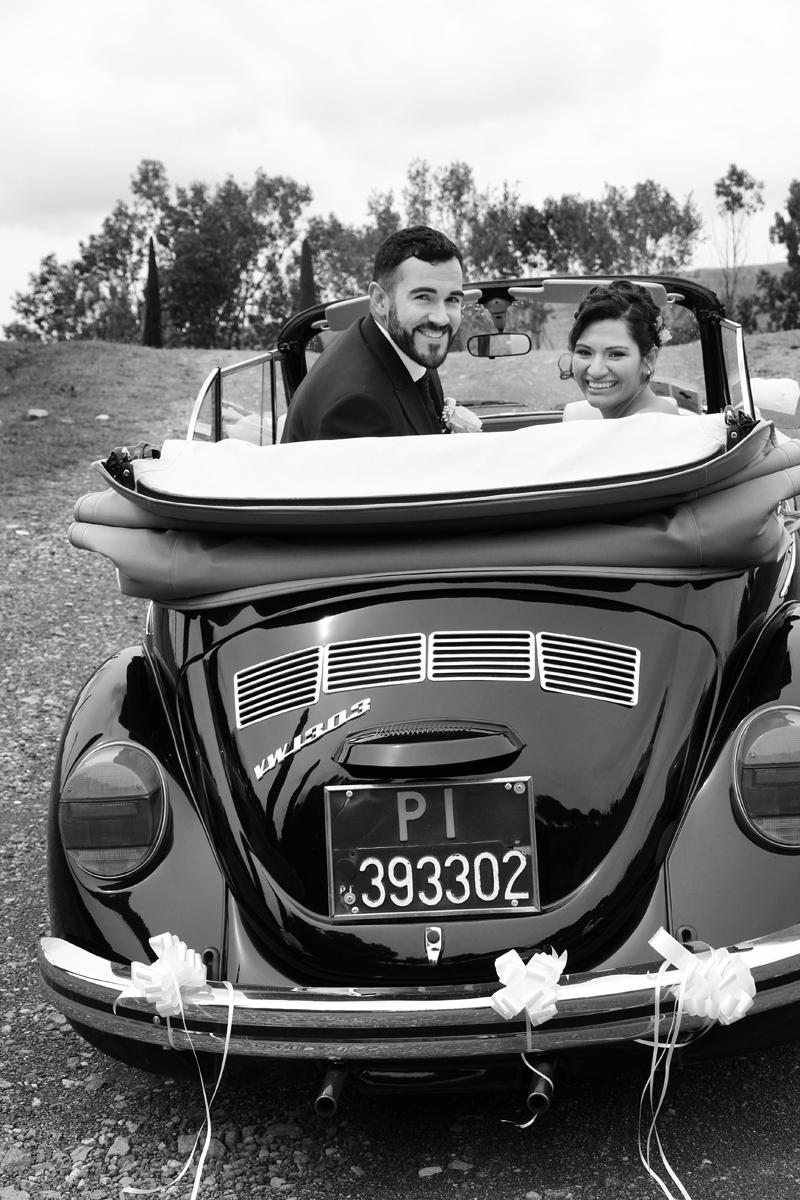 matrimonio-paulo-e-nichols-firenze-primavera-decappottabile-sposi-auto