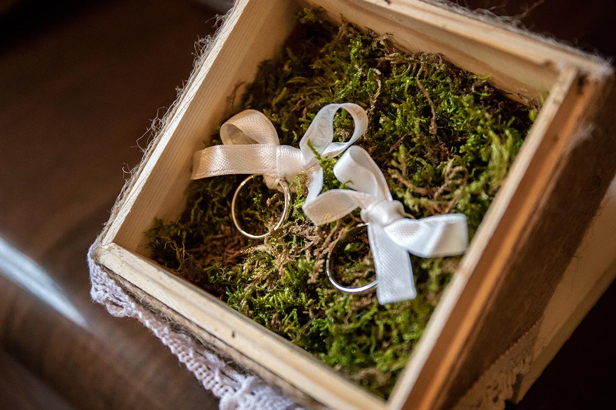 fedi-anelli-matrimonio-dettagli
