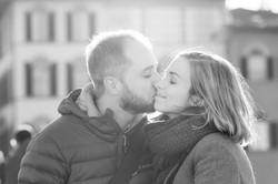 simone-e-julia-servizio-fotografico-romantico-firenze-bacio