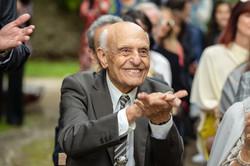 matrimonio-nonno-che-batte-le-mani
