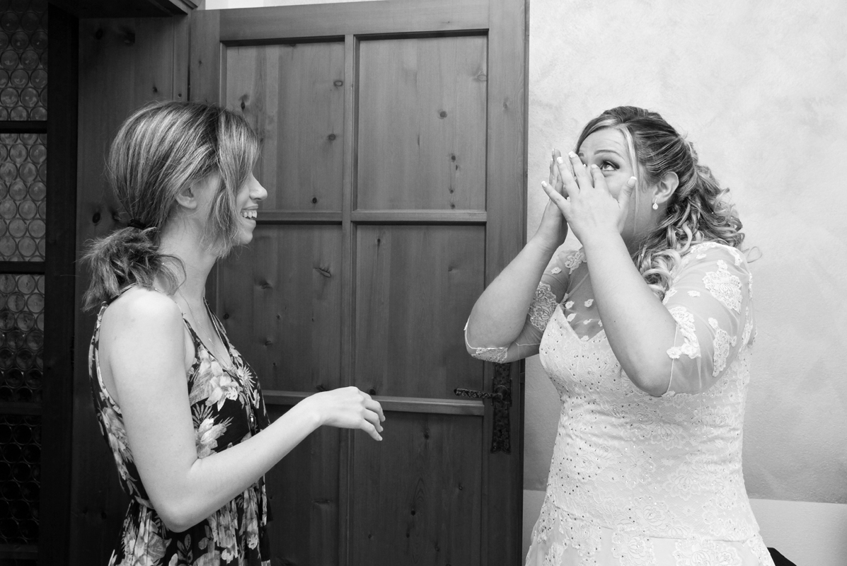 matrimonio-toscana-elena-e-sandro-toscana-pelago-sposa-commossa