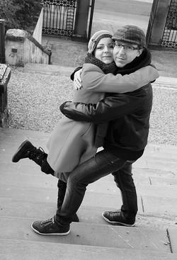 iasmin-e-gabriele-servizio-fotografico-firenze-san-valentino-abbraccio-bianco-e-nero