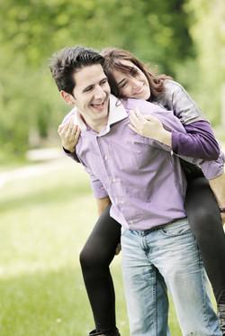 eva-e-paolo-servizio-fotografico-coppia-sesto-fiorentino-complici-sorrisi