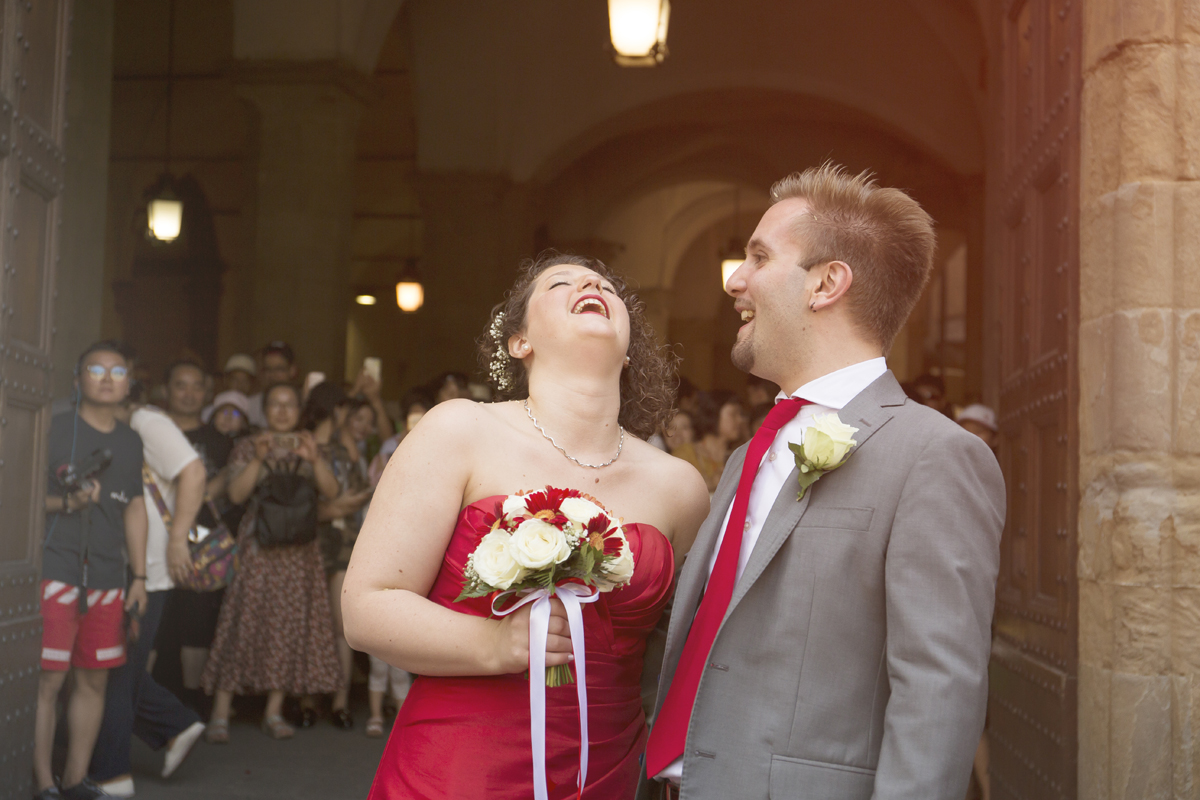 matrimonio-firenze-toscana-sala-rossa-palazzo-vecchio-martina-e-jacopo-risata