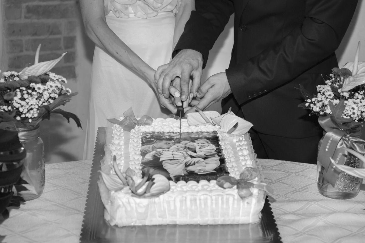 matrimonio-cristina-e-matteo-toscana-torta-con-foto