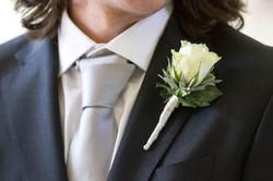 matrimonio-toscana-fiore-sposo