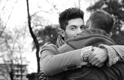 marco-e-swann-servizio-fotografico-coppia-gay-abbraccio