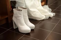 stivaletti-bianchi-sposa-dettaglio