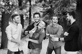 ragazzi che ridono