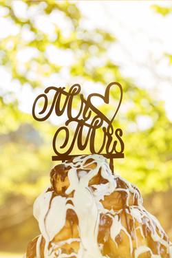 caludia-e-francesco-matrimonio-toscana-dettaglio-torta-sposi