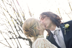 matrimonio-toscana-sposi-bacio