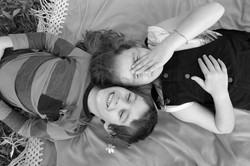 servizio-fotografico-famiglia-in esterna-firenze-bimbi-biancoenero