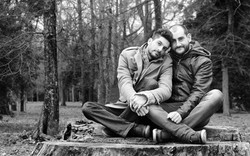 marco-e-swann-servizio-fotografico-coppia-gay-parco-delle-cascine-firenze