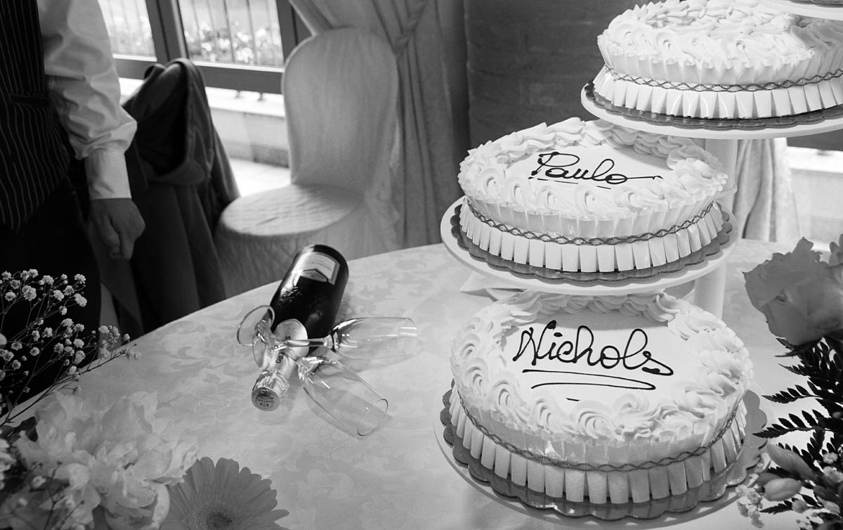 matrimonio-paulo-e-nichols-firenze-primavera-torta-sposi