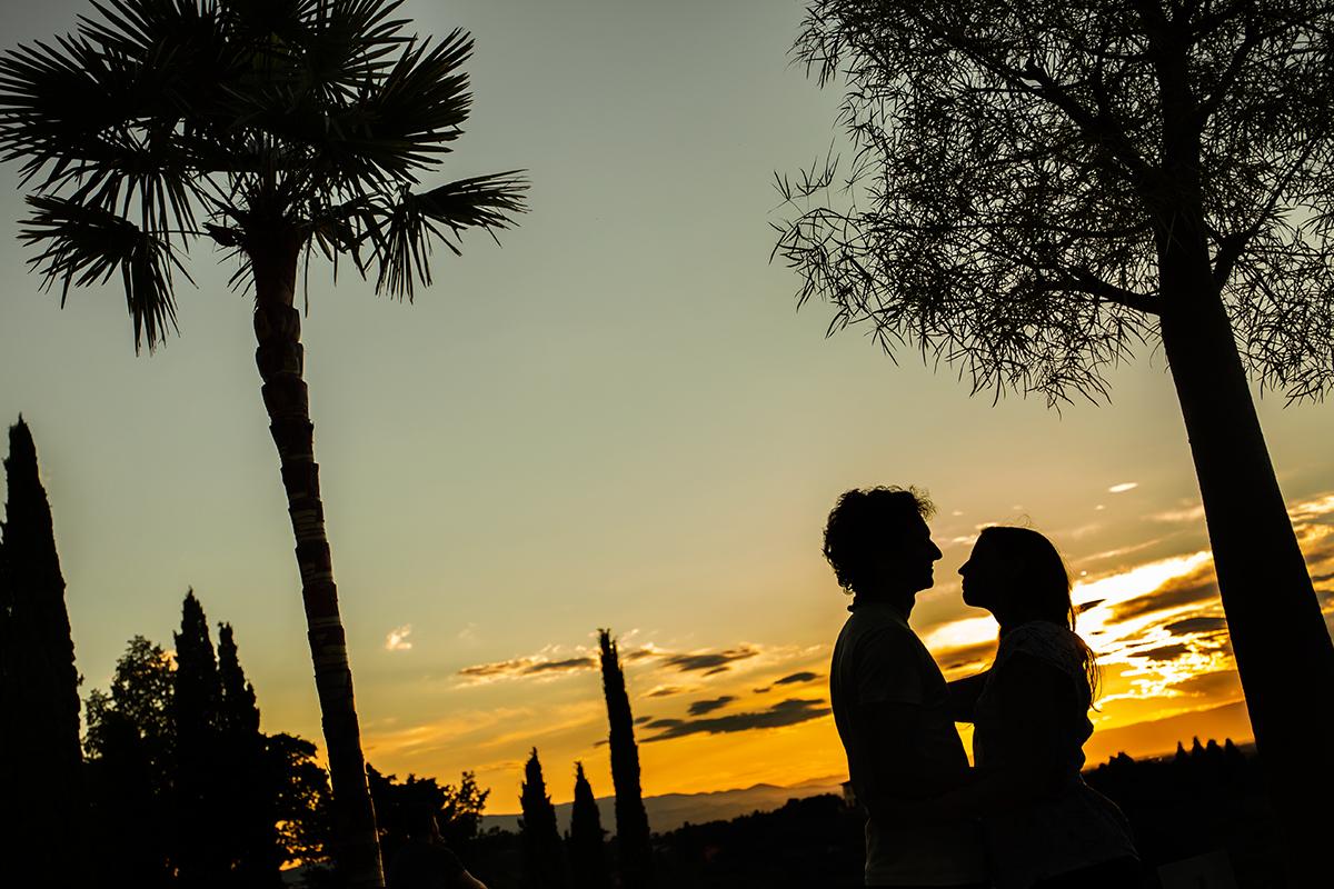 eva-e-paolo-servizio-fotografico-coppia-sesto-fiorentino-romantico-bacio (24)