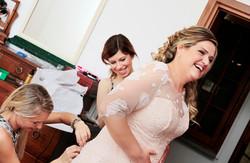 matrimonio-toscana-elena-e-sandro-toscana-pelago-vestazione-sposa