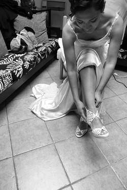 matrimonio-paulo-e-nichols-firenze-primavera-preparazione-scarpe-sposa