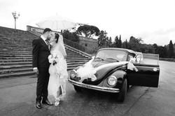matrimonio-paulo-e-nichols-firenze-piazzale-michelangelo-bacio-ombrello