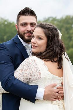 abbraccio-sposi-matrimonio