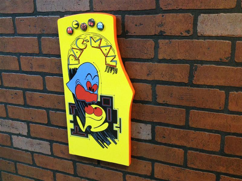 Pac-Man magnet board
