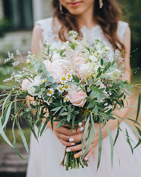 Femme au bouquet