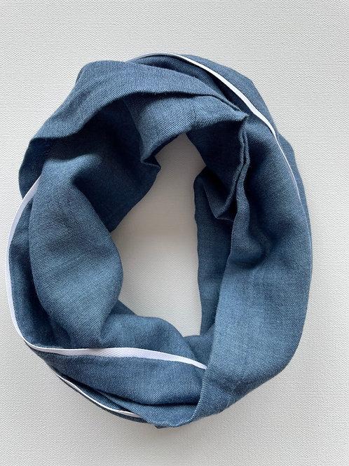 ocean blue: white accent