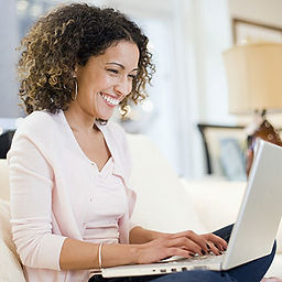 smiling-woman-computer-l.jpg