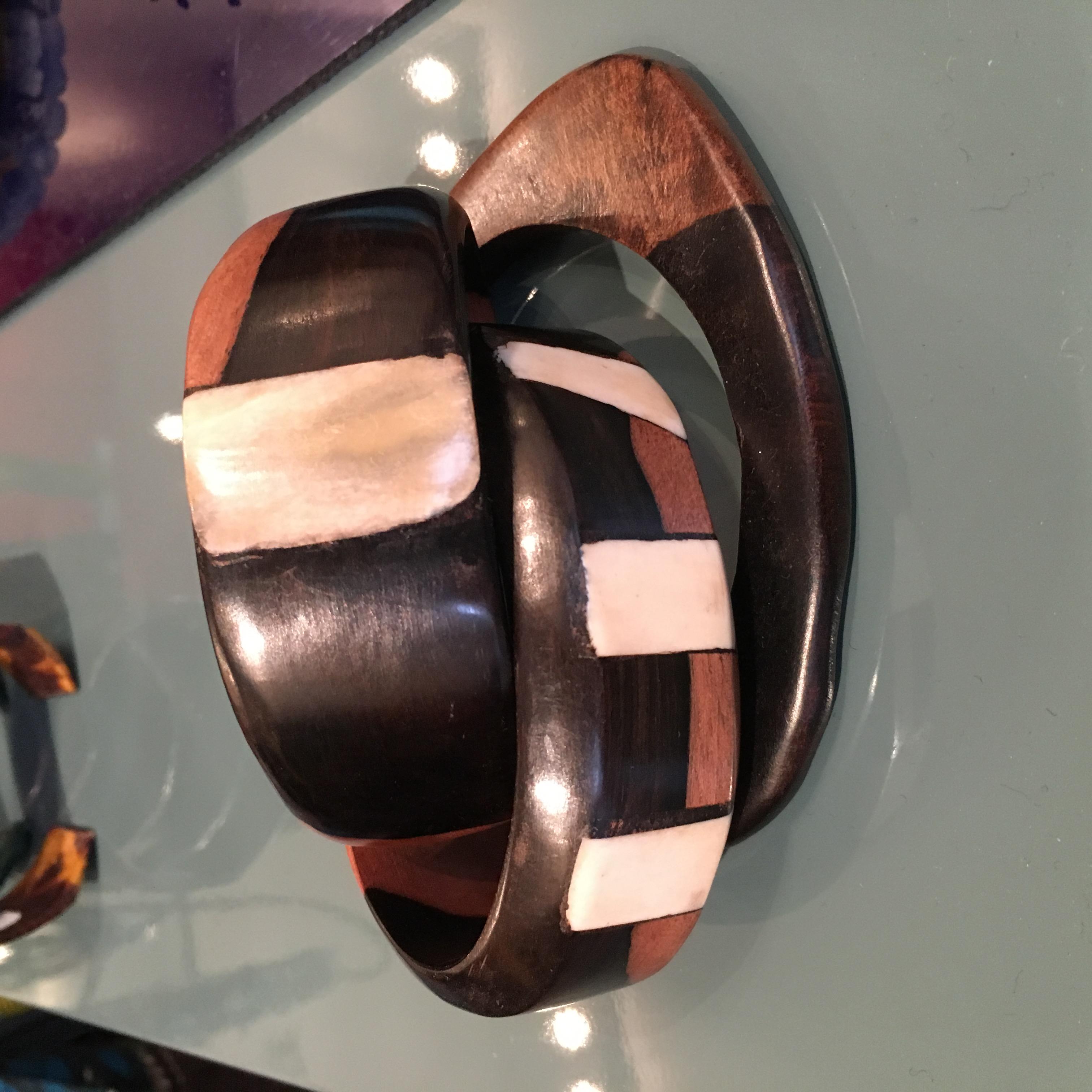 Bracelets en bois d'ébene