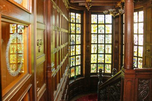 jugendstil staircase to ground floor
