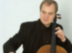 TROELS SVANE cello.jpg