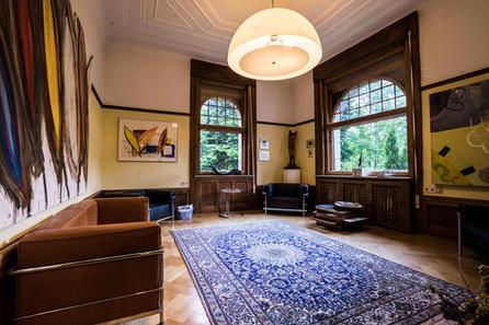groundfloor lounge
