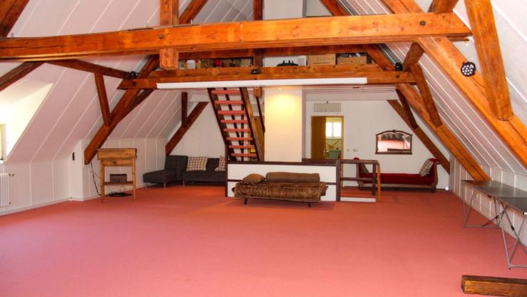 Attica Room 100qm