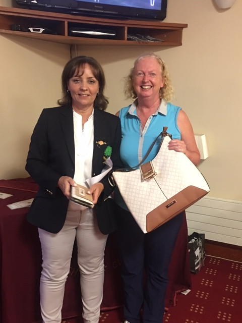 Marie-Louise Brennan winner of the Captain's Prize to Ladies 2019 with the Lady Captain Linda Nugent