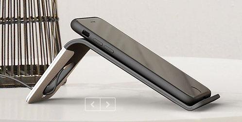 S 3 Desktop Wireless Charger Nice design.
