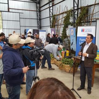 El Intendente Ricardo Millán dando inicio a la Ceremonia