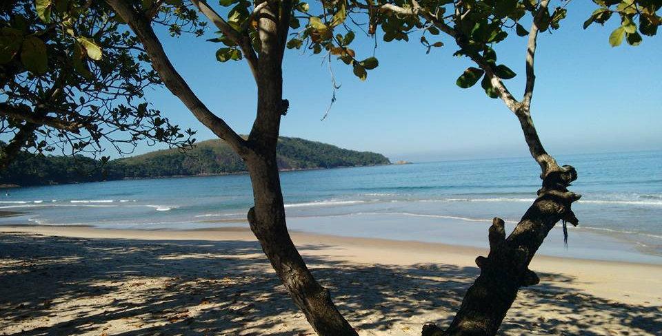 Praia do Sono: com cachoeira do Saco Bravo