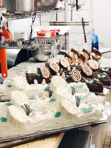 Traditional Chocolate vs White Christmas
