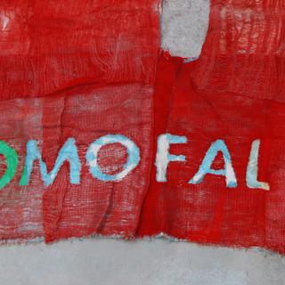 COMO MOFA FALTA