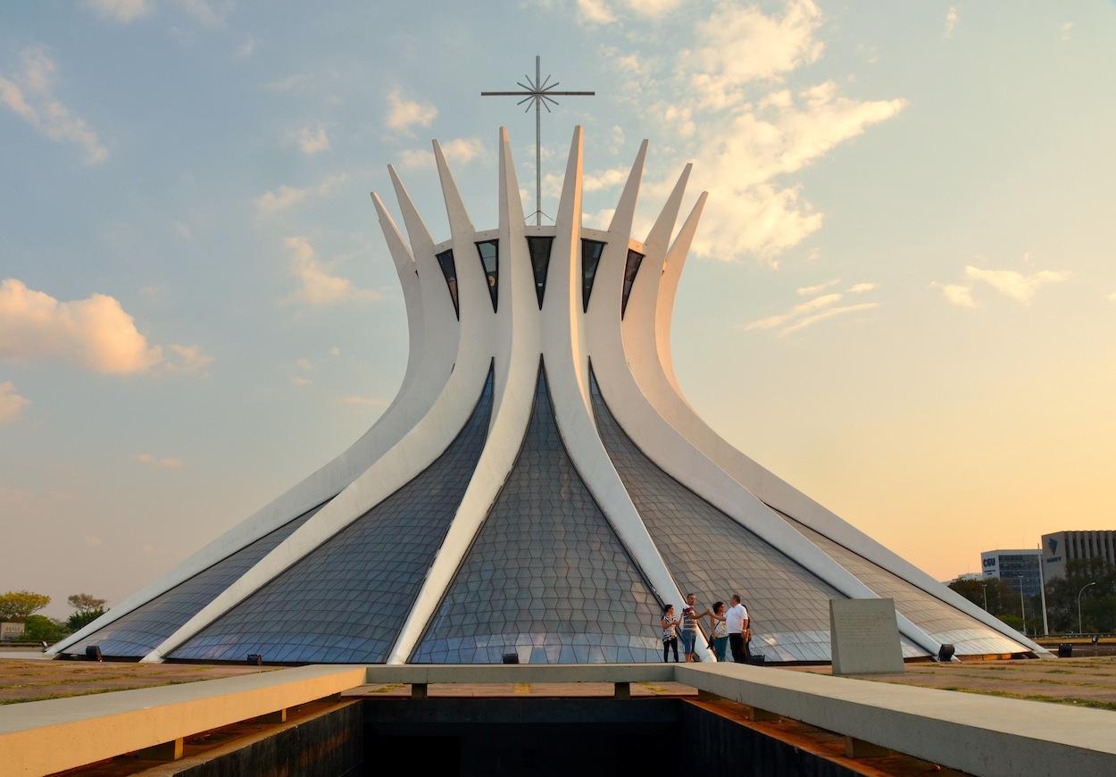 Catedral_Metropolitana_de_Brasília_2