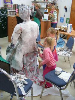 making+annabelle+3+kids.JPG