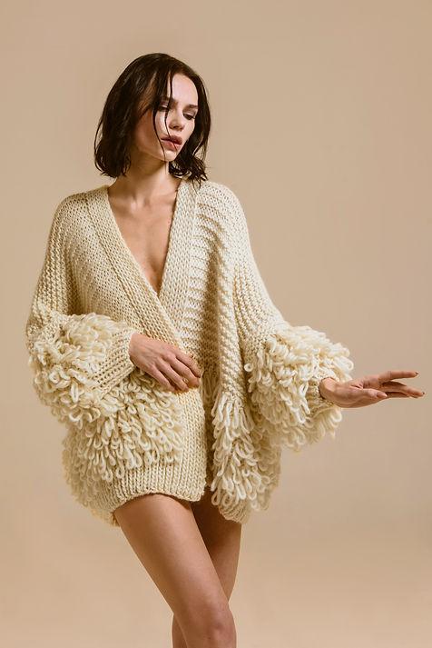Cardigan di lana color panna
