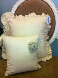 Maison Designs Ruffle Linen