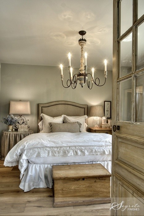 French-Country-Bedroom-Design.jpg