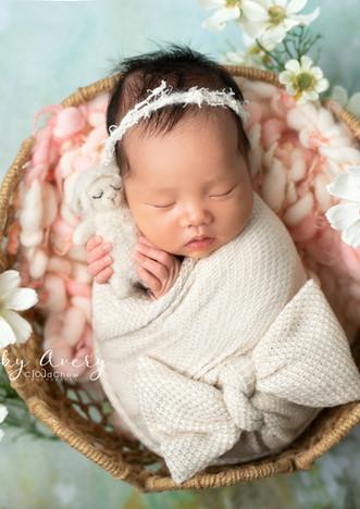 Avery newborn-005.jpg